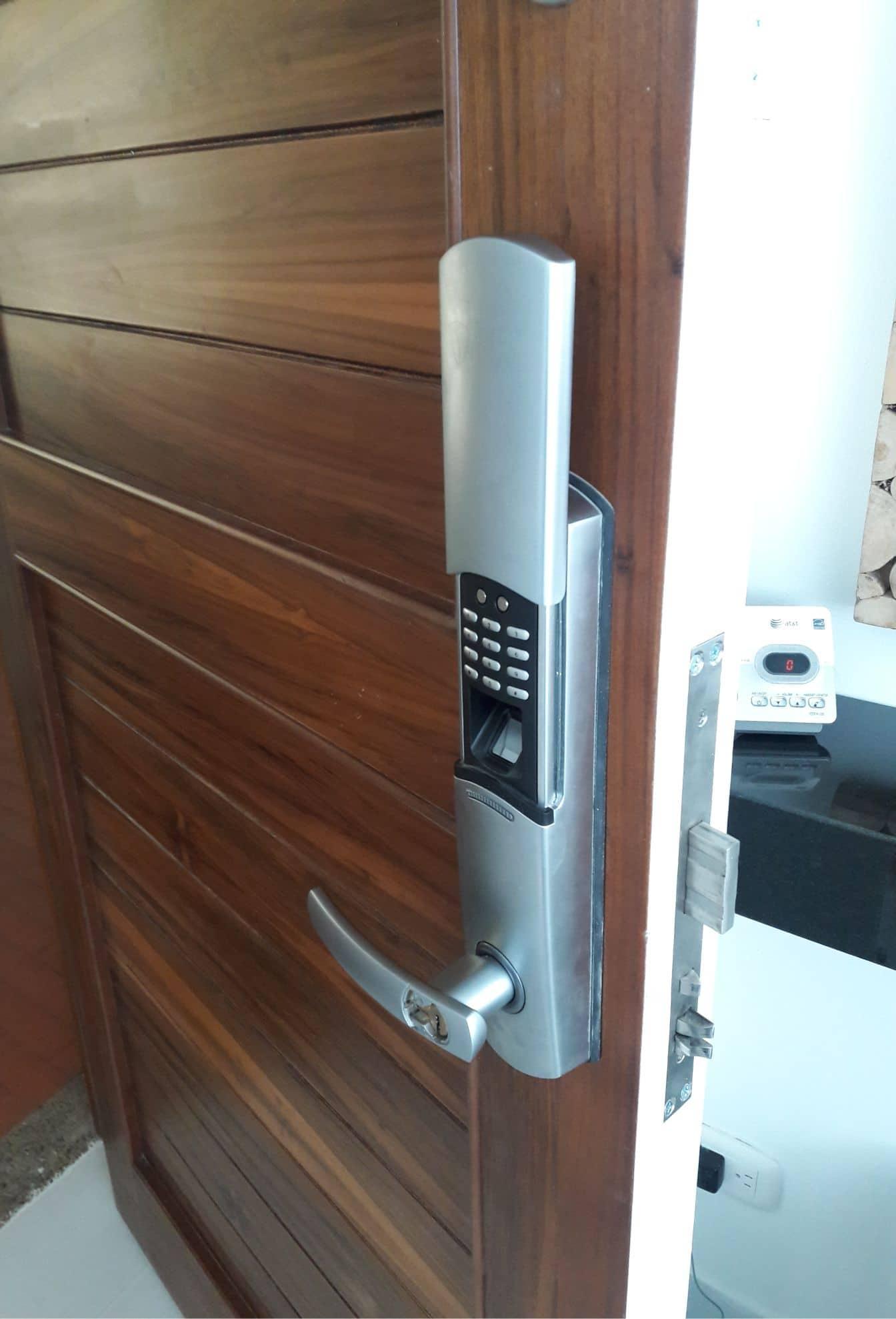 puertas de seguridad 1
